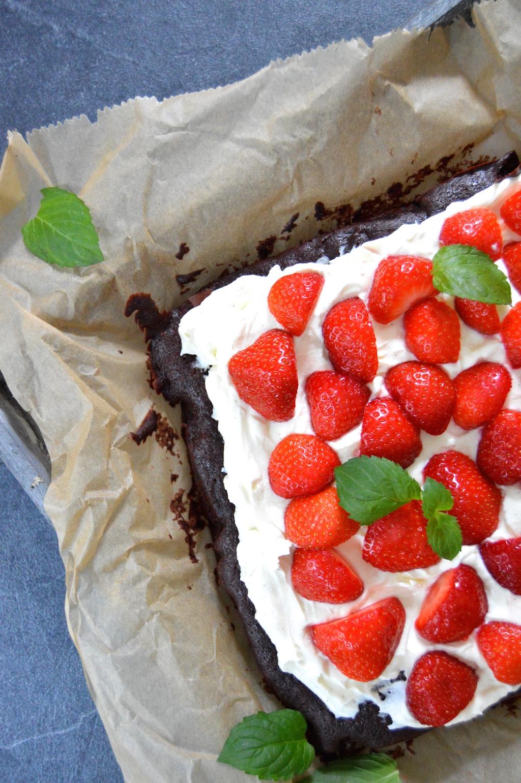 Brownie mit Erdbeeren und Mascarponecreme_3