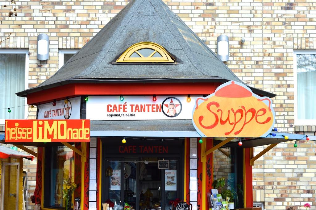 Cafe_Tanten_Schnaze_1