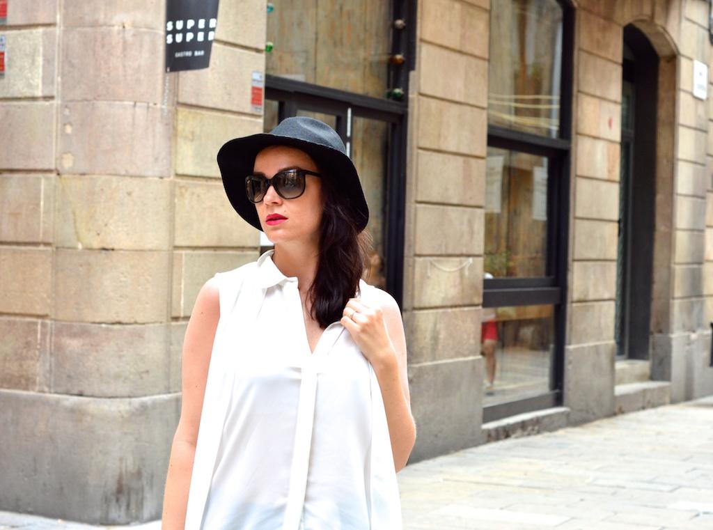 Häckelrock & weiße Bluse 7