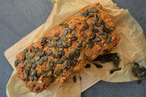 LowCarb-Brot auf Möhren-Quark-Basis